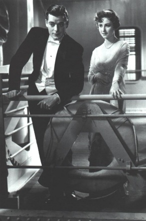 1933-Cavalcade-05